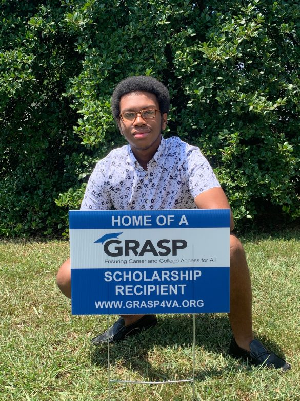 High School and College students from across Virginia awarded scholarships